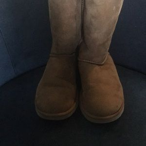 UGG Shoes - Ugg size 6 Bailey boots